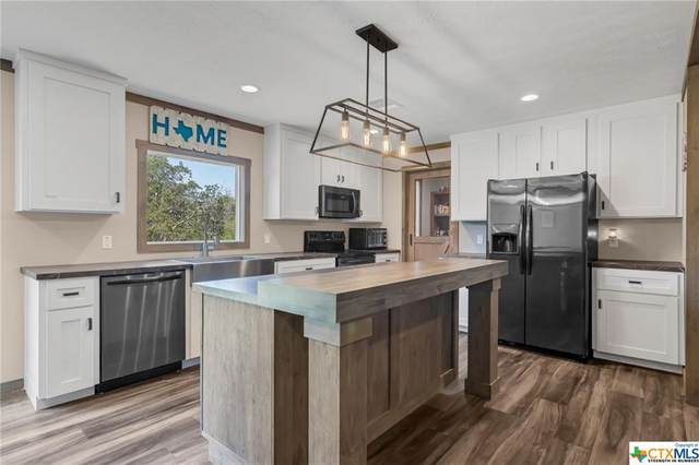 224 Demerson Lane, La Grange, TX 78945 (MLS #450591) :: The Real Estate Home Team