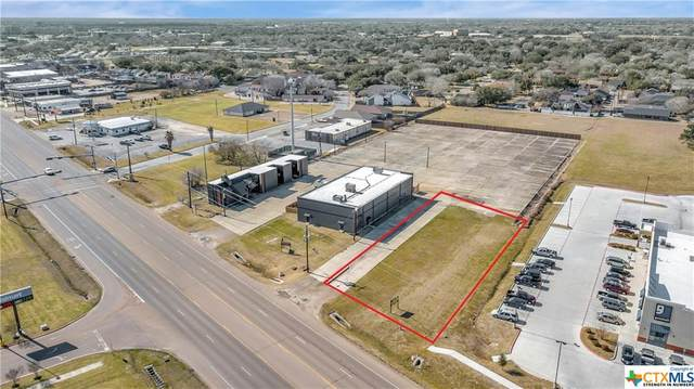 000 Houston Highway, Victoria, TX 77901 (MLS #450924) :: The Real Estate Home Team