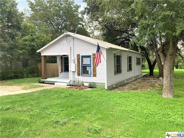 705 E Mountain Street, Seguin, TX 78155 (MLS #451319) :: Vista Real Estate