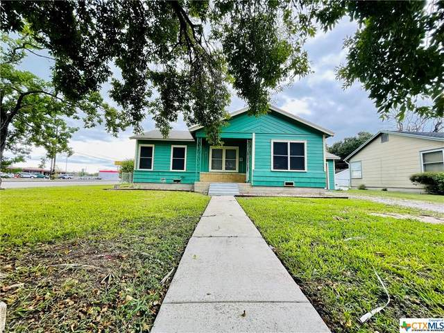 901 Alcoa Street, Victoria, TX 77901 (MLS #451567) :: Vista Real Estate