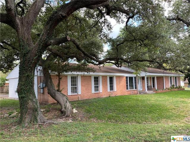 710 W Pearl Street, Goliad, TX 77963 (MLS #452247) :: Kopecky Group at RE/MAX Land & Homes