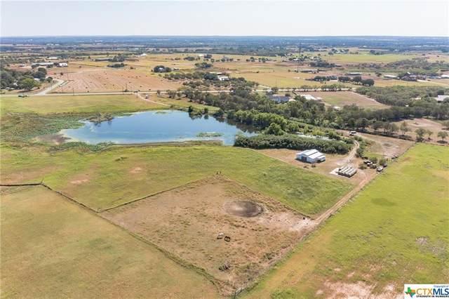 9798 Fm 775, La Vernia, TX 78121 (MLS #452349) :: Vista Real Estate