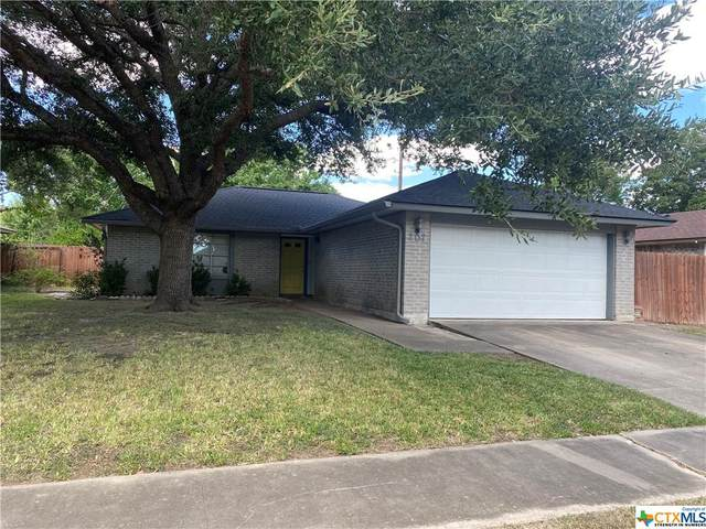 207 Newhaven Street, Victoria, TX 77904 (MLS #452376) :: Rebecca Williams