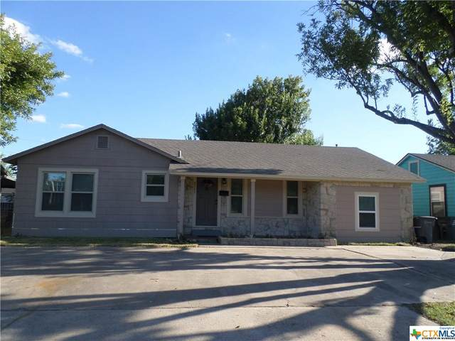 2205 E Red River Street, Victoria, TX 77901 (MLS #452690) :: The Real Estate Home Team