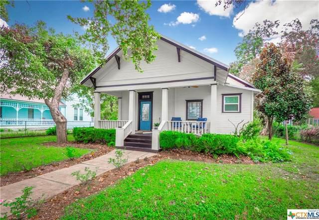 502 Hudgins Street, Smithville, TX 78957 (#452697) :: Sunburst Realty