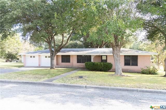 109 N Avenue C, Shiner, TX 77984 (MLS #452775) :: Vista Real Estate
