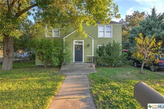 213 E College Street, Seguin, TX 78155 (MLS #452965) :: Vista Real Estate