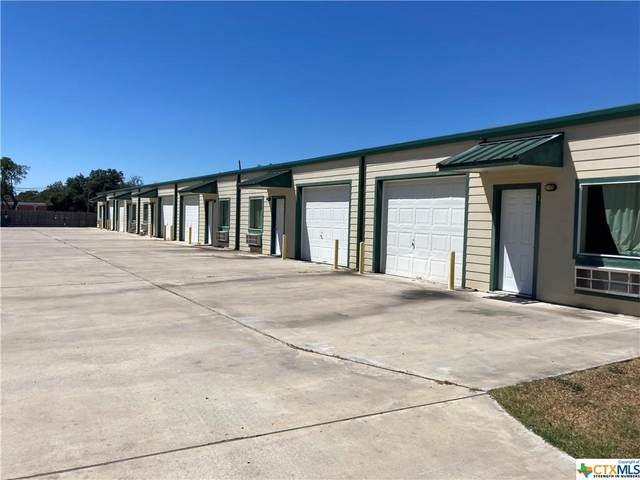 815 Saint Peter Street, Gonzales, TX 78629 (MLS #453027) :: Rutherford Realty Group