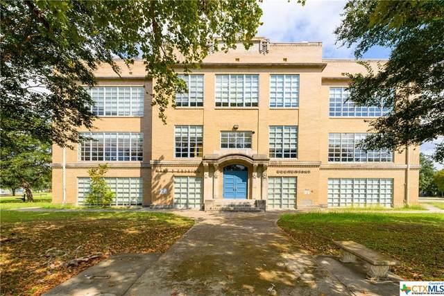 216 E College Street, Seguin, TX 78155 (MLS #453173) :: Vista Real Estate