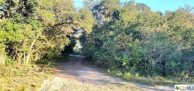 638 Rutherford Lane, Goliad, TX 77963 (#453522) :: Empyral Group Realtors