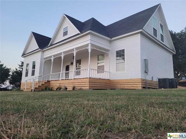 2004 N Ave B, Shiner, TX 77984 (MLS #454267) :: Kopecky Group at RE/MAX Land & Homes