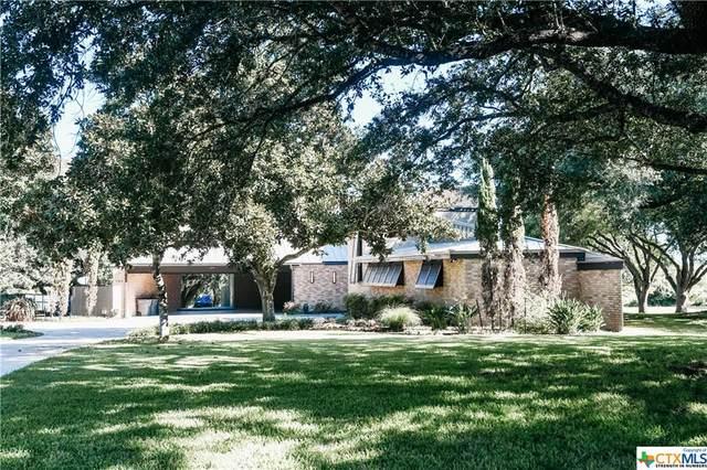 102 Turtle Rock Drive, Victoria, TX 77904 (#454348) :: Empyral Group Realtors