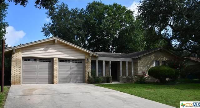 1704 Willow Lane, Seguin, TX 78155 (#455017) :: Empyral Group Realtors