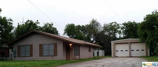 911 N Bowie Street, Seguin, TX 78155 (MLS #455158) :: Vista Real Estate