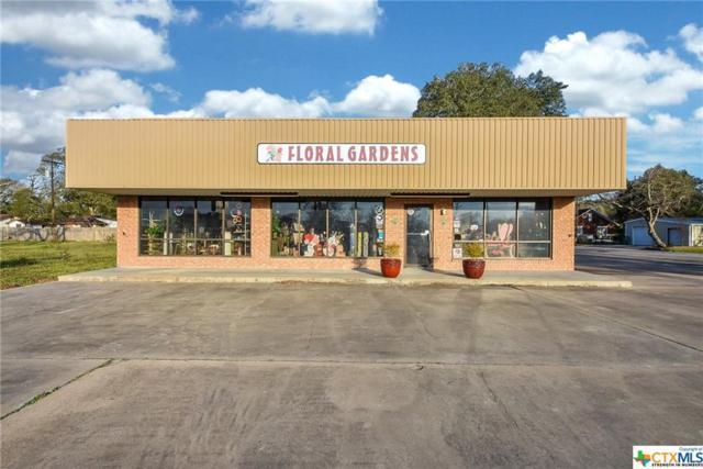 802 W Jackson, El Campo, TX 77437 (MLS #366383) :: The Graham Team