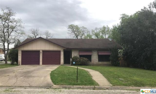 903 Nelson, Yoakum, TX 77995 (MLS #370115) :: The Zaplac Group