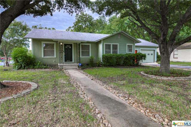 831 E Humphreys Street, Seguin, TX 78155 (MLS #385427) :: Magnolia Realty