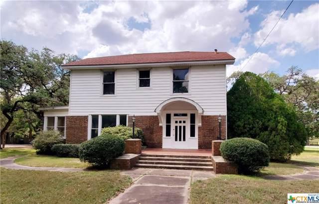 1002 E Gonzales Street, Yoakum, TX 77995 (MLS #390052) :: RE/MAX Land & Homes