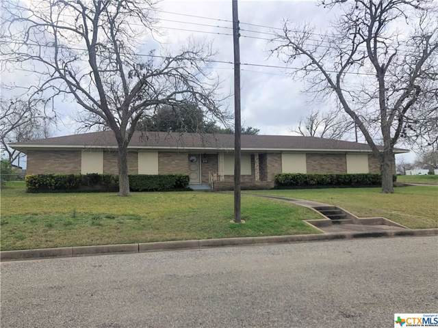 218 N Avenue C, Shiner, TX 77984 (MLS #399802) :: The Graham Team