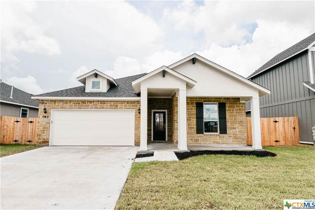 105 Dripping Spring, Victoria, TX 77904 (MLS #402389) :: The Myles Group
