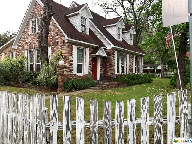 401 E 4th Street, Hallettsville, TX 77964 (MLS #405863) :: Carter Fine Homes - Keller Williams Heritage