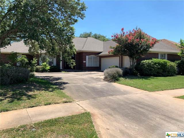 402 Edgewater, Victoria, TX 77904 (MLS #407558) :: The Real Estate Home Team