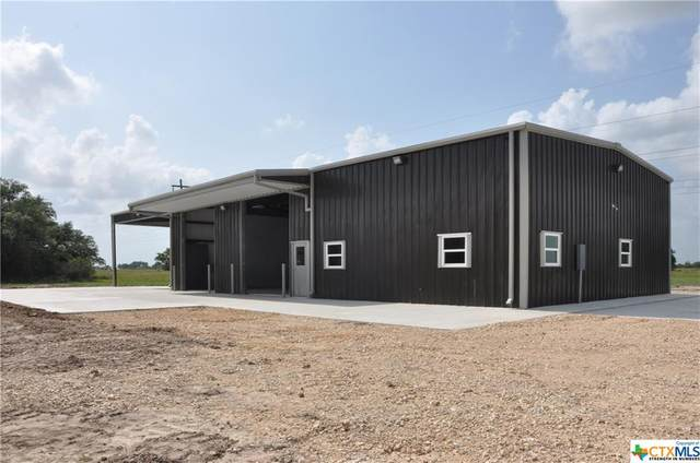 922 Slippery Elm Road, Victoria, TX 77904 (MLS #411398) :: The Zaplac Group