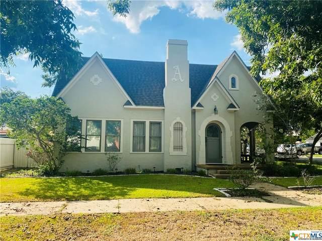 808 N Gonzales Street C, Cuero, TX 77954 (MLS #421644) :: Kopecky Group at RE/MAX Land & Homes