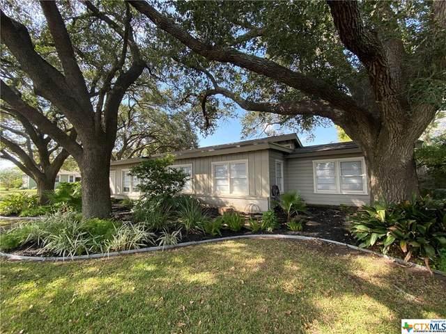 702 E Mesquite Lane, Victoria, TX 77901 (MLS #422850) :: The Real Estate Home Team