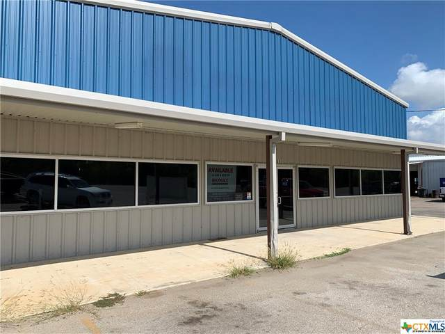 14461 Main Street, Lytle, TX 78052 (#424782) :: First Texas Brokerage Company