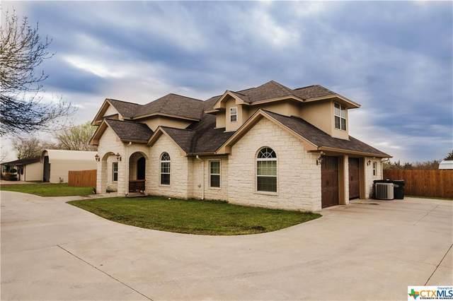 624 Texas Avenue, Shiner, TX 77984 (MLS #433797) :: Texas Real Estate Advisors