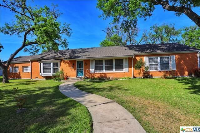 208 W Clayton Street, Cuero, TX 77954 (MLS #434996) :: Kopecky Group at RE/MAX Land & Homes