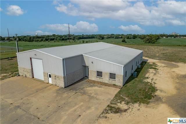 905 Frank Stubbs Drive, El Campo, TX 77437 (#440685) :: Empyral Group Realtors