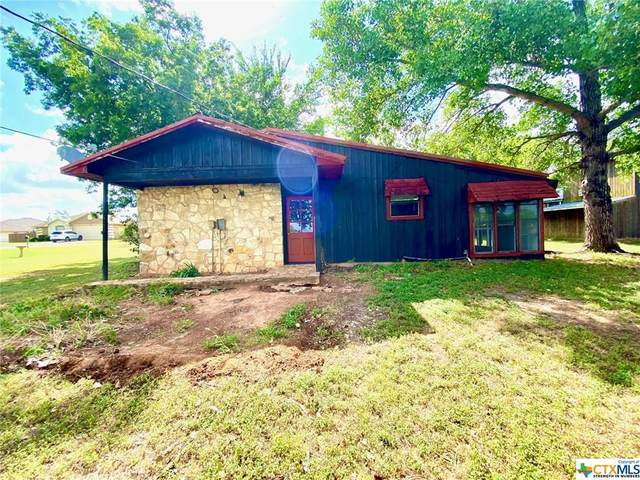 207 Lakewood Drive, Gatesville, TX 76528 (MLS #442463) :: Kopecky Group at RE/MAX Land & Homes