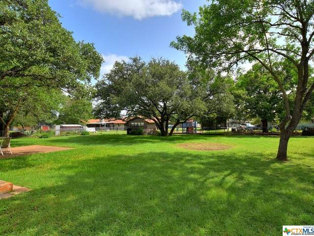 121 Woodland Road, Georgetown, TX 78628 (MLS #445313) :: Kopecky Group at RE/MAX Land & Homes