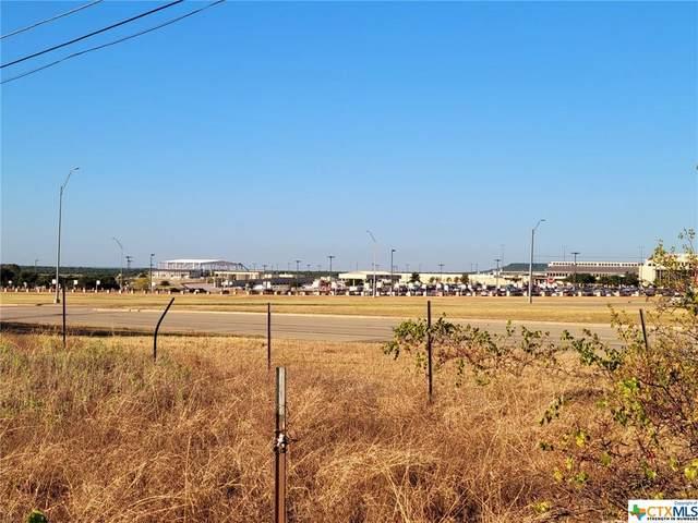 7802 Clear Creek Road, Killeen, TX 76549 (MLS #451649) :: The Curtis Team