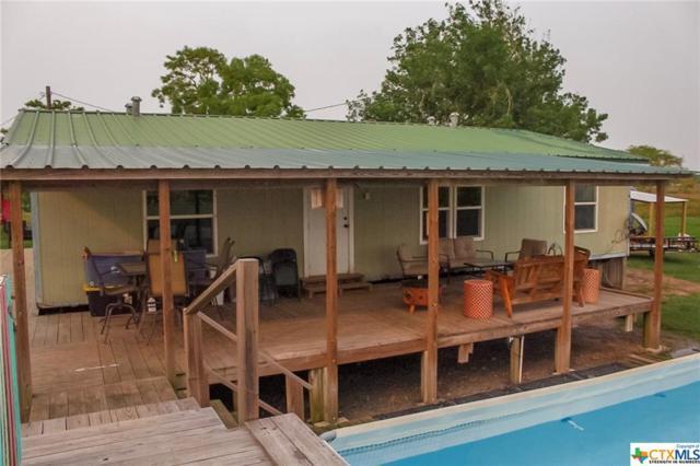 415 Cox Avenue, Port Lavaca, TX 77979 (MLS #376615) :: Erin Caraway Group