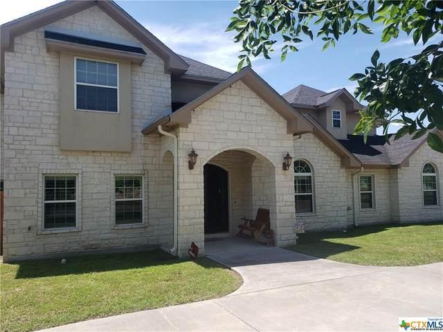 624 Texas Avenue, Shiner, TX 77984 (MLS #433797) :: Kopecky Group at RE/MAX Land & Homes