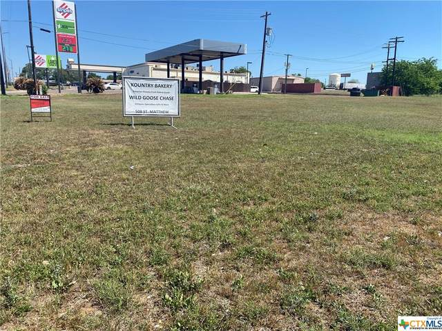 1818 Water Street, Gonzales, TX 78629 (MLS #435743) :: The Zaplac Group