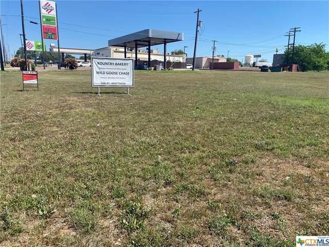1818 Water Street, Gonzales, TX 78629 (MLS #435743) :: Texas Real Estate Advisors