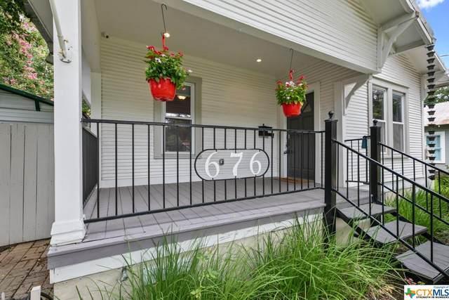 676 S Santa Clara Avenue, New Braunfels, TX 78130 (MLS #445143) :: The Real Estate Home Team