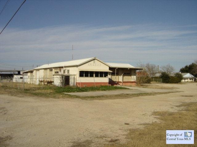 1328 W Kingsbury Street, Seguin, TX 78155 (MLS #215254) :: Magnolia Realty
