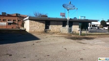 1004 S Key, Lampasas, TX 76550 (MLS #345945) :: Marilyn Joyce | All City Real Estate Ltd.