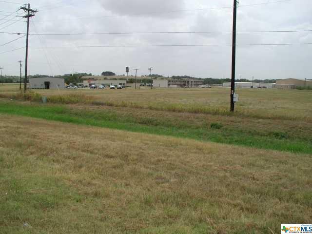 1101 Carlos G Parker Blvd, Taylor, TX 76574 (MLS #346492) :: Texas Premier Realty