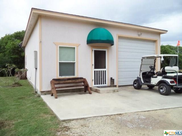612-614 Pine Street, Seadrift, TX 77983 (MLS #347536) :: RE/MAX Land & Homes