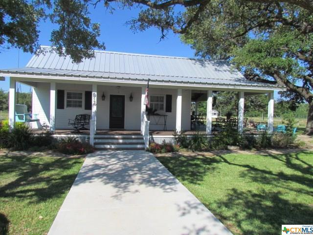 914 N Fm 444, OTHER, TX 77968 (MLS #347843) :: Magnolia Realty
