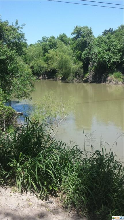 107 Old Swimming Hole Dr Drive, George West, TX 78022 (MLS #347919) :: Magnolia Realty
