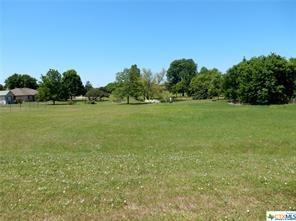 407 E Avenue A, Jarrell, TX 76537 (MLS #349117) :: RE/MAX Land & Homes