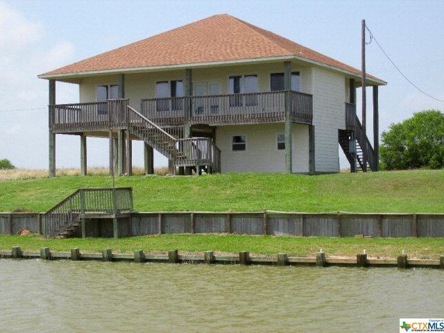 262 Dolphin, Port Lavaca, TX 77979 (MLS #349272) :: Magnolia Realty