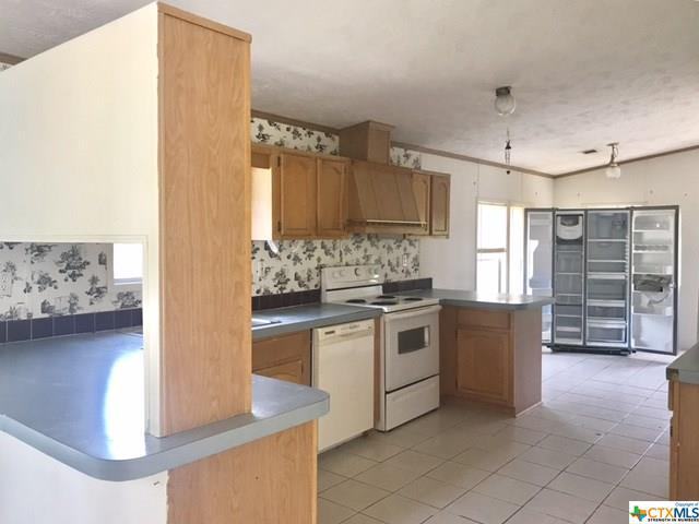 140 Oak Mesa, San Marcos, TX 78666 (MLS #356219) :: Magnolia Realty